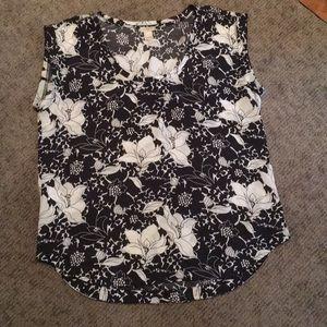 Women's floral J. Crew sleeveless blouse